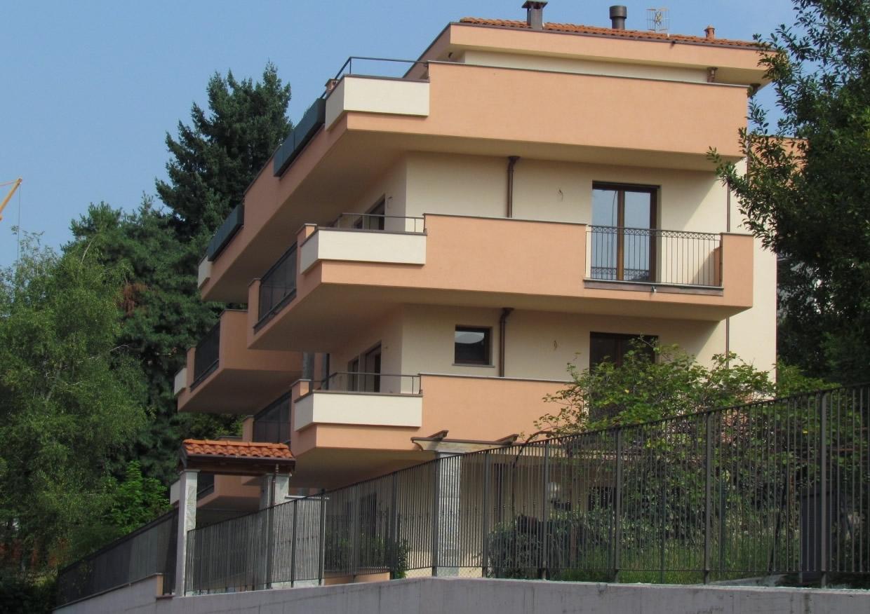 Palazzina via Poerio a Varese